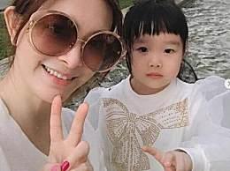 刘真女儿不知道妈妈去世 仍在家等妈妈回家好心疼