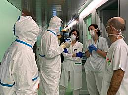 西班牙疫情彻底爆发 溜冰场被改停尸房 活人死人共处一室