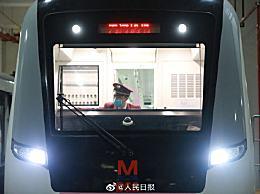 武汉地铁正式恢复运营