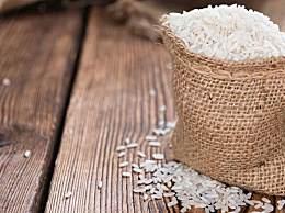 官方谈囤500斤大米