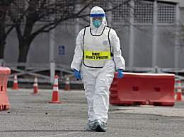 全球确诊逾100万 美国形势日趋严峻 特朗普再次接受新冠病毒检测