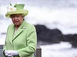 英国首相入院治疗