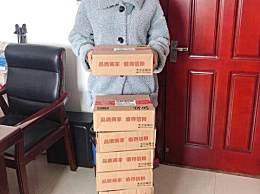 江苏护师收10箱鸭脖
