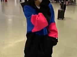 佟丽娅机场咳嗽