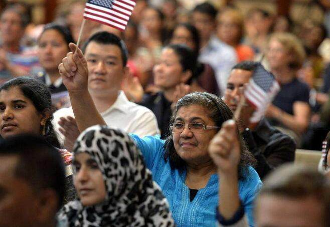 全球多少人口_2020美国人口总数是多少?美国人口世界排名第几