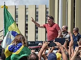 巴西总统参加反居家隔离集会