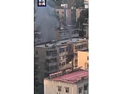 西安小区天然气闪爆 疑似鼠咬致燃气胶管泄漏