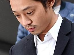 郑俊英在拘留所被人指使唱歌