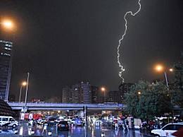 北京白昼如夜怎么回事?大部分地区还会有雷电