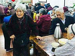 上海户籍老年人口比例超35% 老龄化趋势加重