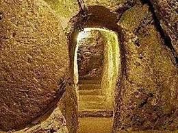 科学家发现22亿年前的隧道 人类还没诞生竟出现壁画