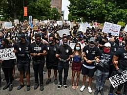 美抗议人数创纪录