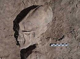 秘鲁惊现外星人头骨 科学家为之震惊