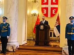 塞尔维亚国防部长新冠病毒检测呈阳性