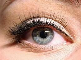 右眼皮跳是什么预兆