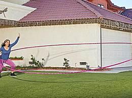 世界上最大呼啦圈 直径达5.18米