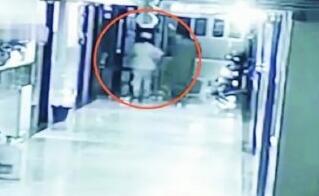 冒充护士偷走新生儿被判一年十个月