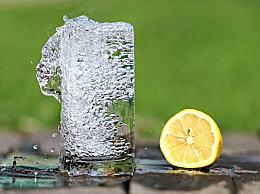 热水和冷水哪个更解渴?热水比冷水更解渴的原因是什么