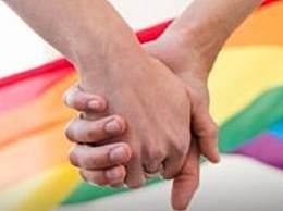 泰国同性婚姻合法化草案通过 满17岁同性伴侣可自愿进行婚姻登记