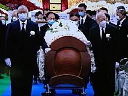 赌王何鸿�鼋袢粘鲩� 墓地位于昭远坟场