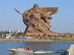 世界最大关公雕像被指违建 开发商回应让人大跌眼镜