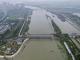 安徽:江心洲外滩圩人员尽快撤离