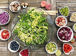 体内毒素堆积怎么办?排毒减肥食谱让你气色红润