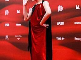姜思达回应红毯造型