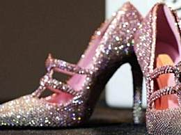 世界上最贵的鞋 镶满钻石售价1.2亿