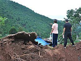 发现1厘米裂缝救下21户村民