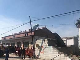 山西坍塌饭店二层彩钢房系后期加盖