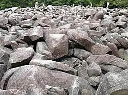 美公园惊现会唱歌的石头 卵石发出清脆声音令人惊奇