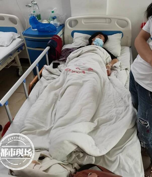 15岁女生被罚200个深蹲后肌溶解
