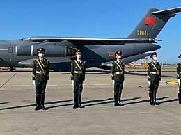 117位在韩志愿军烈士遗骸今日回国 欢迎英雄回家