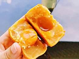 冰皮月饼的皮是怎么做的?吃冰皮月饼的注意事项