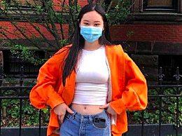李连杰女儿穿露脐装秀身材