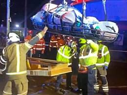 600斤男子被起重机吊离居所