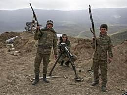 亚美尼亚总理夫人准备参战