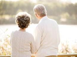 89岁丈夫与妻子离婚:钱全给她