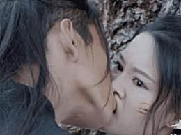 王大陆把李沁嘴巴亲变形