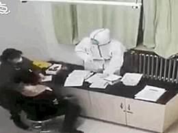 男子做核酸检测不舒服殴打护士