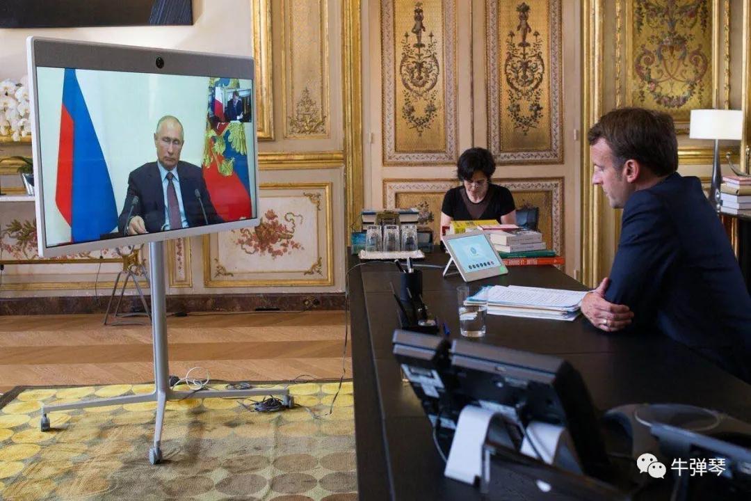 俄罗斯:允许现任总统继续参选