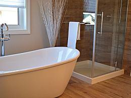洗澡时不能做这7件事 鸳鸯浴也有风险!
