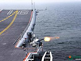 美驱逐舰插队中国航母编队