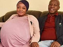 南非一妇女诞下十胞胎