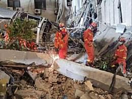 苏州坍塌酒店住客:一碗拉面救了我